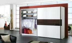 dressing chambre pas cher armoire sur mesure pas cher modele armoire chambre a