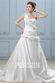 robe de mari e satin robe de mariée moderne en satin ligne a décolleté en cœur à une