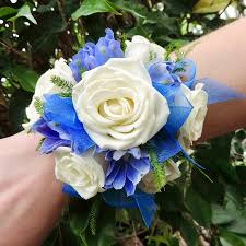 corsage for prom flowers boutonnieres corsages prom specialty kremp