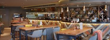 bar and restaurant in london the happenstance