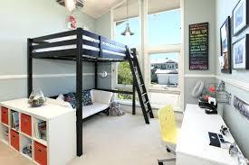 chambre mezzanine mezzanine chambre enfant lumineuse et moderne chambre avec lit