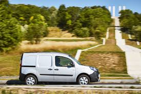 renault van kangoo renault kangoo ze 33 review the longer lasting electric van