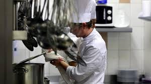salaire commis de cuisine suisse pourquoi les restaurateurs ont ils du mal à recruter nord eclair
