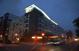 hotels near light rail minneapolis minneapolis hotels from 84 cheap minneapolis hotel deals