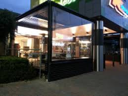 Outdoor Blinds And Awnings Outdoor Pvc And Shade Blinds Cafe Blinds Australia