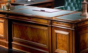 Classic Office Desk Disvalma Classic Office Furniture For Leaders