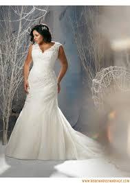 tenue de mariage grande taille les 25 meilleures idées de la catégorie robe de mariée grande