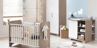 aménager la chambre de bébé 5 idées pour aménager une chambre de bébé unisexe cocoon ma