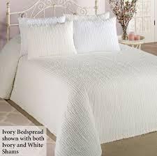 Quilted Bedspread King Bedroom Fascinating Matelasse Bedspread For Bed Covering Idea
