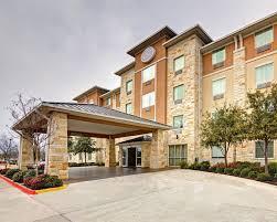 Hotels Next To Six Flags Over Texas Book Comfort Suites Arlington In Arlington Hotels Com