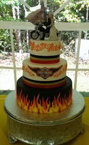 harley davidson wedding cakes buttercream icing with fondant accents harley davidson wedding
