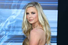 ariana madix hair extensions ariana madix opens up about her past emotionally abusive