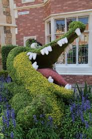 peter pan topiary epcot flower garden festival