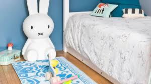 couleur de peinture pour chambre enfant quelle couleur pour une chambre coucher chambre moderne cosy