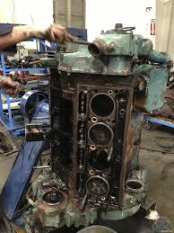 disassembling and dissecting a detroit diesel 8v 71 technomadia