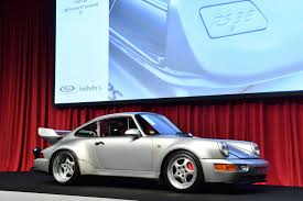 1993 porsche 911 turbo sold a record breaking 1 65million 1995 porsche 911 gt2 993