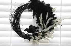 how to make a diy halloween crow wreath