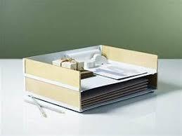Casier Bureau Vestiaire Casier Bois Meuble Vestiaire Design Casier De Bureau Rangement De Bureau Des Casiers Et Des Pots Pour