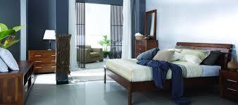 chambre style colonial louer un lit en bois massif simbad 160 x 200 louer du mobilier