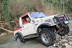 jimny jangkrik tujuh mobil off road favorit di indonesia indonesia off road