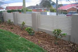 Types Of Garden Fences - choose the garden fence panels depending on what you want to
