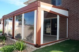 coperture tettoie in pvc pergola addossata in alluminio con coperture scorrevoli in