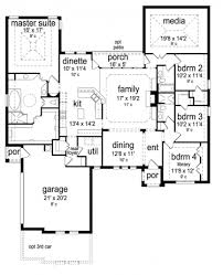 house plans with media room ooooh the on one side of the house with that media room
