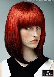 Frisuren Lange Haare Rot by Moderner Bob Mit Dichtem Pony In Leuchtendem Rot Bob