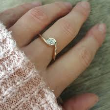 golden hand rings images Diamond rings ringcraft moana jpg