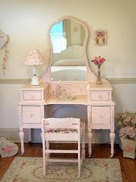 Antique Vanity Table With Mirror And Bench Best 25 Antique Vanity Table Ideas On Pinterest Vintage Vanity