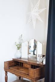 White Victorian Desk by Best 20 Antique Writing Desk Ideas On Pinterest Writing Bureau