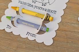 crayon valentines diy crayon classroom valentines with cricut