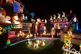 Decorative Christmas Lights Uk by Let It Glow Extravagant Christmas Light Displays On Uk Homes In