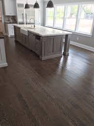Choosing Laminate Flooring Color Selecta Flooring Choosing The Right Finish For Your Wood Floors