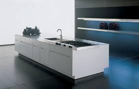 cuisine en corian aménager votre cuisine avec un plan de travail en corian