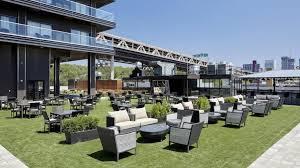 Backyard Beer Garden Long Island City Gets The Rooftop Beer Garden Nyc Needs
