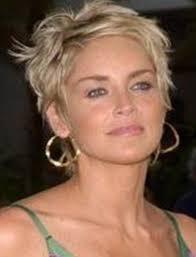 coupe de cheveux court femme 40 ans tendances coiffurecoiffure courte femme 40 ans les plus jolis