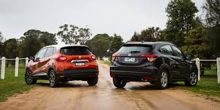 renault captur 2018 honda hr v vti s v renault captur dynamique comparison review