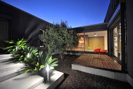 homes with interior courtyards modern homes with courtyards homes floor plans