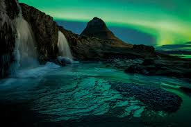 iceland springs and northern lights land of fire and ice new scientist