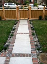 Backyard Walkway Ideas Use Brick Borders For Path Edging Concrete Walkway Brick Pavers