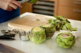 cuisiner l artichaud choisir l artichaut parfait et le préparer pour la cuisson