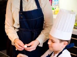 cours de cuisine dimanche les cours de cuisine pour enfant à loisirs sortiraparis com