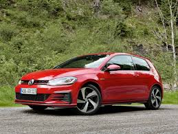 volkswagen hatch old 2018 volkswagen gti vs golf r which hatch should you buy