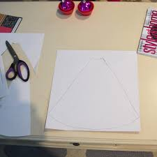 make diy scrapbook paper christmas tree cones the diy mommy