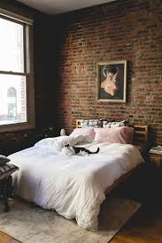 Bedroom With Accent Wall by Best 20 Brick Wall Bedroom Ideas On Pinterest Industrial