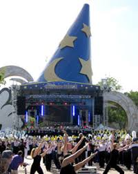 thanksgiving parade of bands at the walt disney world resort