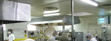 cuisine centrale elior economie elior la cuisine centrale devrait s installer à