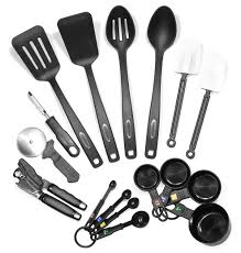 Kitchen Knives Brands by Review Farberware Classic 17 Piece Tool And Gadget Set Kitchen