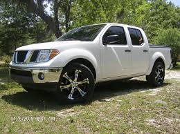 white nissan frontier shift avenger 2006 nissan frontier regular cab specs photos